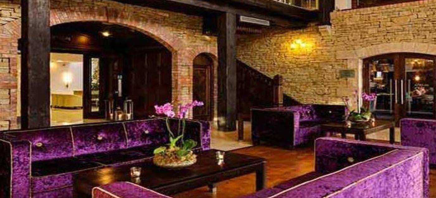 Cavan crystal hotel premium moposa wedding venue for Cava cristal