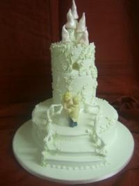 Wedding Cakes, CAKEBOX offers a full range of alternative bases to rich fruit. Many can be decorated