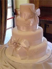 Cakes. We are based in Ballincollig, Cork and we specialise in hancrafted wedding cakes. Karina has