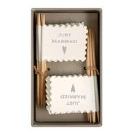 Accessories & Favours. 16 little _Just Married_ flags, ideal for table decoration or as a part of th