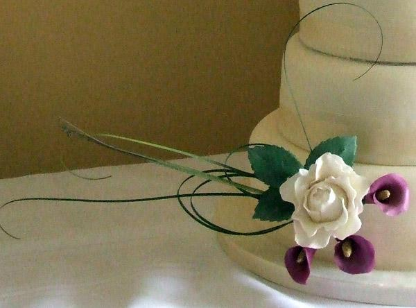 Accessories & Favours, White Rose, Purple Calla (sugar flowers are available to match the bride's bo