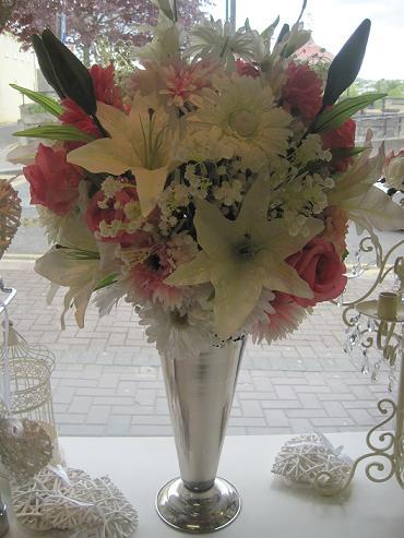Flowers, Pink floral arrangement