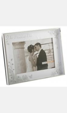 Photography, Wedding Day Box Frame (silver-plated). Holds 5_ x 7_ photo.