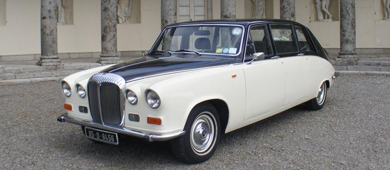 Chauffeurs, 1985 Daimler DS420 Limousine. Vehicle supplied with a fully trained uniformed chauffeur.
