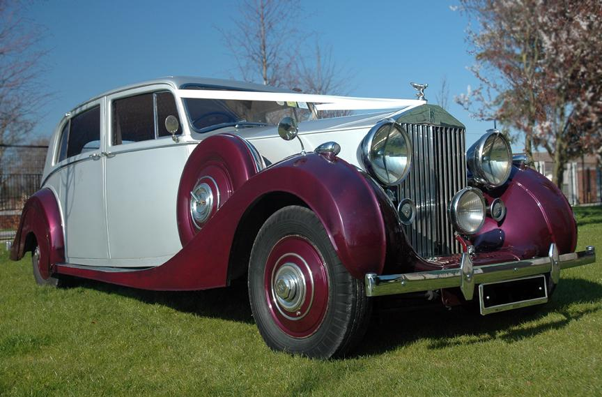 Chauffeurs, 1939 Rolls Royce Wraith. Complimentary bottle of champagne included with every vintage c