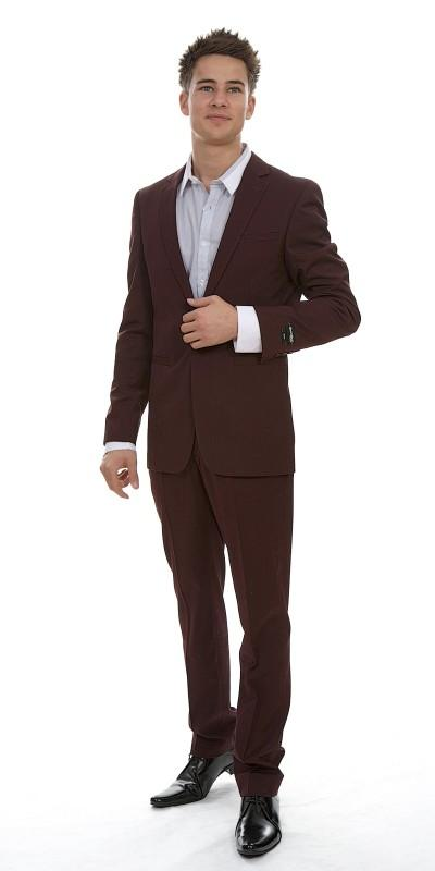 Attire, London Other Pinstripe Wool (Ref. SD10845BU). Slim-cut suit. Jacket has a vented back, with