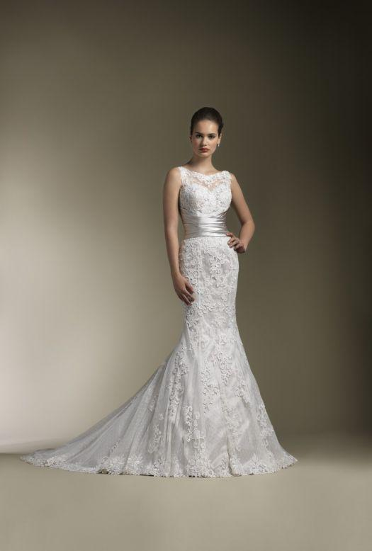 Bridal Dresses, Justin Alexander wedding dress (ref. 8596). Collection inspired by the 1950s and 196