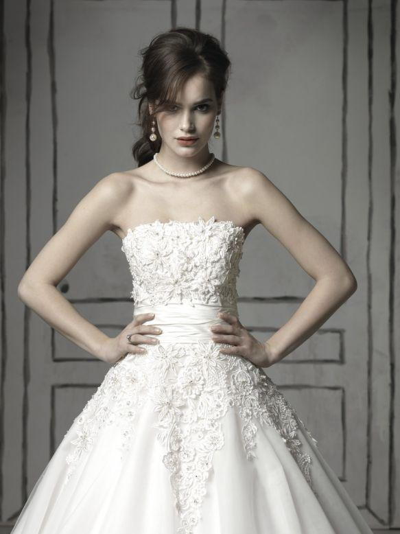 Bridal Dresses, Justin Alexander wedding dress (ref. 8483). Collection inspired by the 1950s and 196