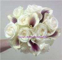 Flowers. Roses-and-Callas bouquet. Wedding packages available.