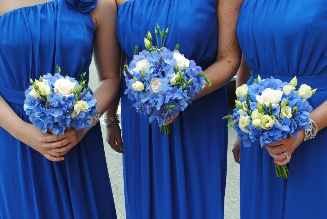 Flowers, Bridesmaid bouquets. Large range of fresh cut flowers and plants available.