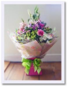 Flowers, Luxury Hand-tied Bouquet. An extra large version of our hand-tied bouquet, a round bouquet
