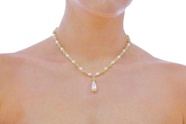Jewellery, Margeaux (PdJ). 6 mm ivory Swarovski pearls and 6mm gold plated Swarovski crystals with a