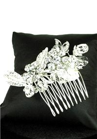 Jewellery. Crystal Comb (Ref. RYCCOMO57). Diamante and crystal comb with mini flower detail to the c