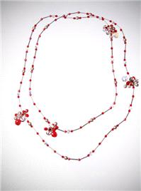 Jewellery. Red Berry Cluster Necklace. This neck piece can be worn as one long chain or doubled into