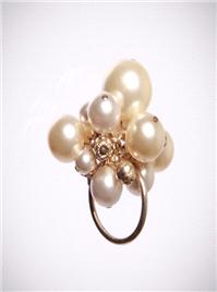 Jewellery. Cream Cocktail Ring. A statement ring on a sterling silver shank, it is embellished with