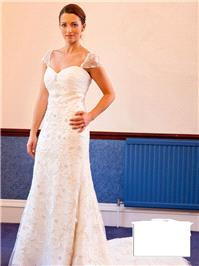 Bridal Dresses. Lady Paris wedding dress. One piece, sweetheart neckline with detachable cap sleeves