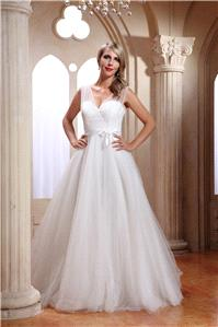 Bridal Dresses. Lady Marilyn wedding dress. Movie style satin and tulle exquisite princess gown with
