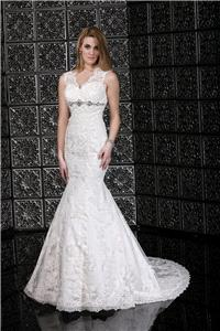 Bridal Dresses. Lady Mia wedding dress. A beautiful tulle and lace gown with keyhole lace back.