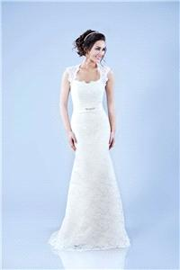 Bridal Dresses. Tamem Michael Bridal TM Couture wedding dress (Ref. 05).