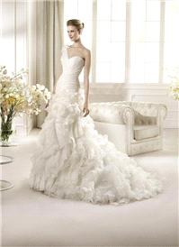 Bridal Dresses. San Patrick Capricho wedding dress.