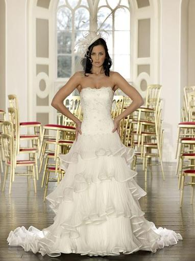 Bridal Dresses, Cailin wedding dress.