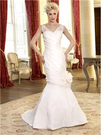 Bridal Dresses. Rowena wedding dress (Plus Size collection).