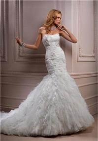 Bridal Dresses. Maggie Sottero Ivandra wedding dress.