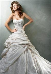 Bridal Dresses. Maggie Sottero Sabelle wedding dress.