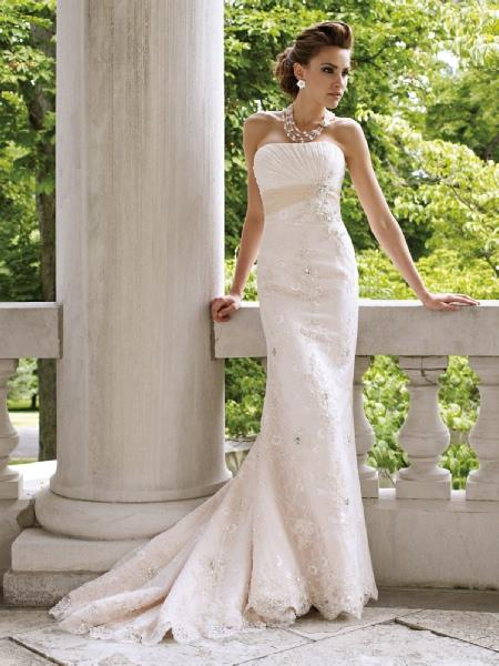 Bridal Dresses, Mon Cheri wedding dress (Ref. 112209).
