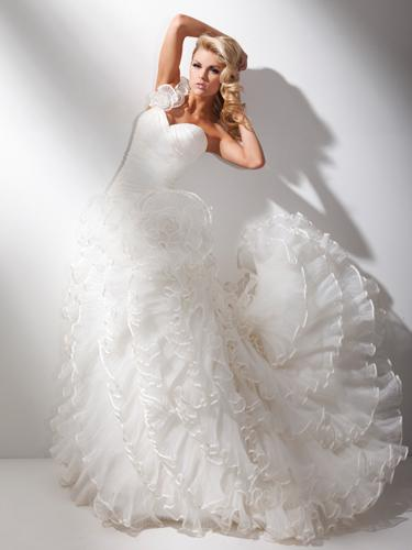 Bridal Dresses, Tony Bowles wedding dress (Ref. T211275).
