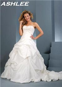 Bridal Dresses. Ashlee wedding dress. Alteration service available for an additional fee.