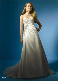 Bridal Dresses. Ava wedding dress. Alteration service available for an additional fee.