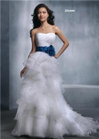 Bridal Dresses. Danni wedding dress. Alteration service available for an additional fee.