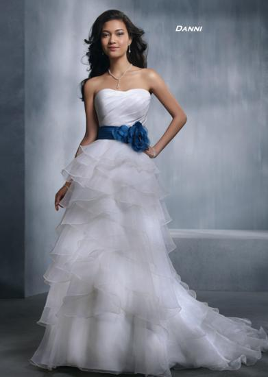 Bridal Dresses, Danni wedding dress. Alteration service available for an additional fee.