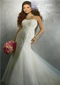 Bridal Dresses. Nikki wedding dress. Alteration service available for an additional fee.