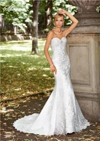 Bridal Dresses. Shauna wedding dress. Alteration service available for an additional fee.
