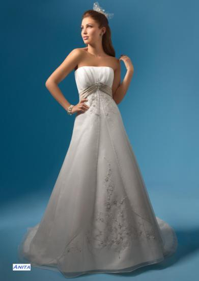 Bridal Dresses, Anita wedding dress. Alteration service available for an additional fee.