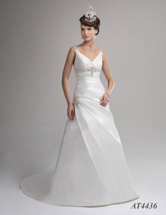Bridal Dresses, Venus wedding dress (Ref. AT4436).