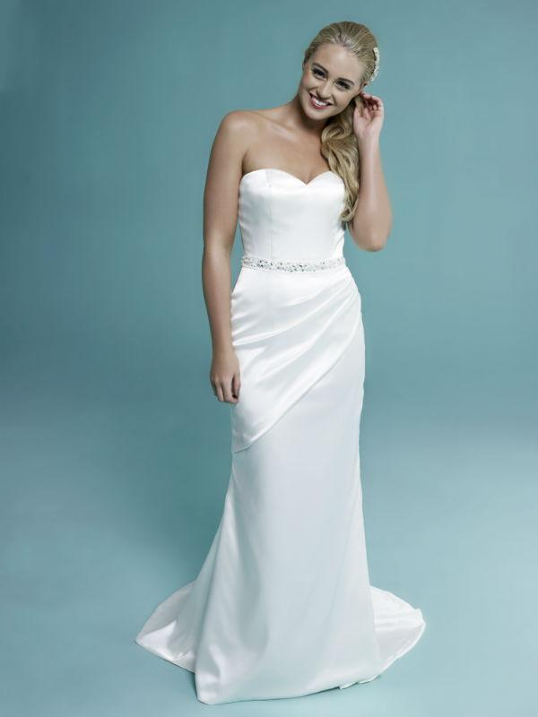 Bridal Dresses, Amanda Wyatt Sybila wedding dress.