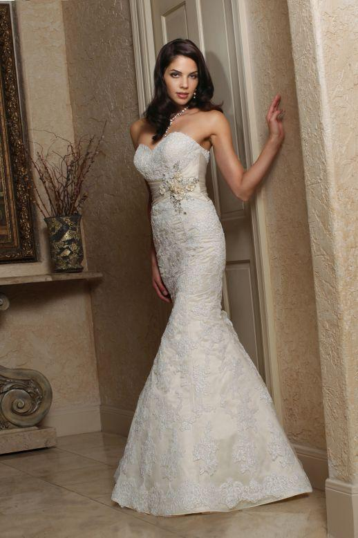 Bridal Dresses, Impression Bridal wedding dress (Ref. 50161A).