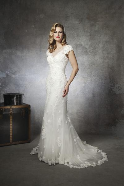 Bridal Dresses, Justin Alexander wedding dress (Ref. 8658).