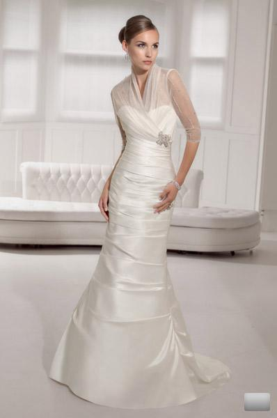 Bridal Dresses, Wedding dresses. Extensive range of gowns, bridesmaid dresses and accessories availa