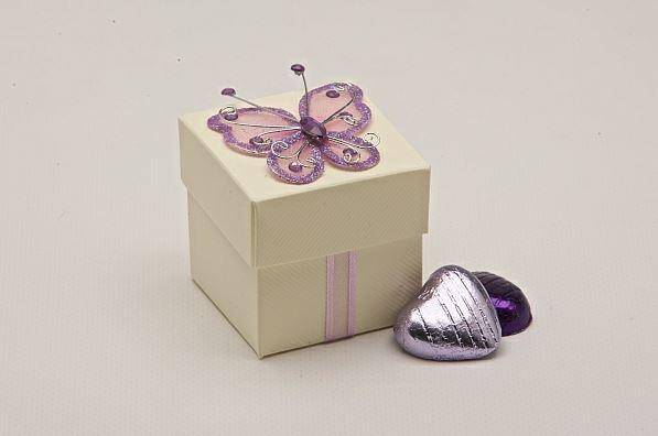 Accessories and Favours, Lilac Butterfly favour box (H:50mm, W:50mm, D:50mm) featuring a lilac glitt