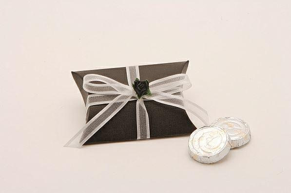 Accessories and Favours, Black Silk Bustina favour box (H:25mm, W:70mm, D:70mm) tied with a snow whi