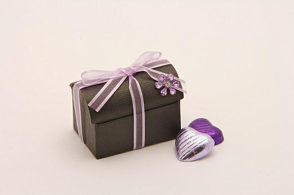 Accessories and Favours, Black silk treasure chest favour box (H:52mm, W:70mm, D:45mm) tied with a l