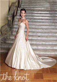 https://www.extralace.com/a-line/151-sophia-tolli-y1825-narelle.html