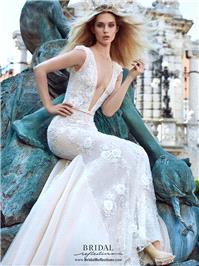 https://www.gownfolds.com/galia-lahav-wedding-dresses-and-bridal-gowns/10-galia-lahav-roxanne.html