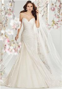 https://www.extralace.com/a-line/1526-sophia-tolli-y11401.html