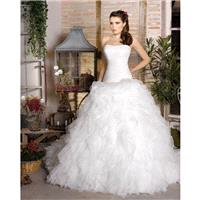 https://www.dressesular.com/wedding-dresses/392-simple-ball-gown-strapless-ruching-sweep-brush-train