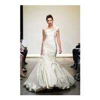 https://www.gownfolds.com/ines-di-santo-wedding-dresses-and-bridal-gowns-new-york/226-ines-di-santo-